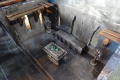 minisdotdaemonflowerdotcom-ruined-church-0013