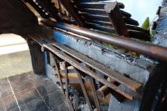 minisdotdaemonflowerdotcom-ruined-church-0014
